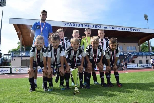 II miejsce w turnieju eliminacyjnym Deyna Cup Junior
