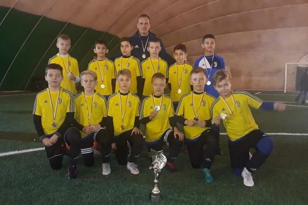 2 miejsce Juventus Academy Bydgoszcz 2008 na turnieju Winter Cup