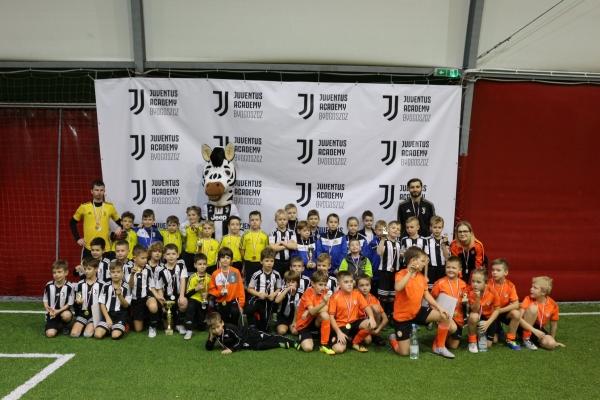 Złoto i brąz naszych drużyn na turnieju Juventus Cup 2018