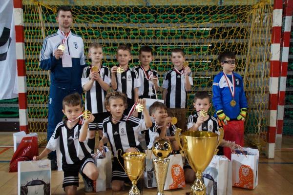 Kolejny sukces rocznika 2010- 1 miejsce Juventus Academy Bydgoszcz